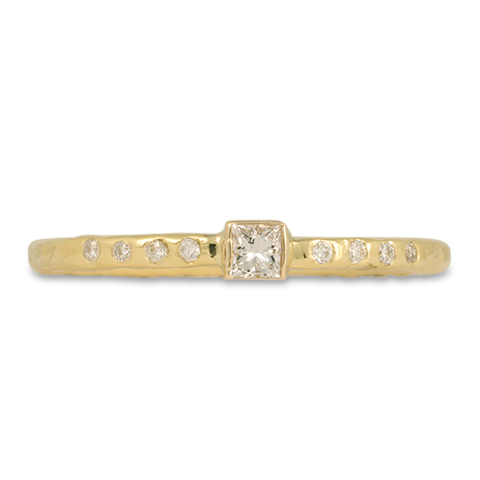 Playa Ring with Square Diamond and Accent Diamonds in