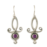 Viola Earrings with Gems in Amethyst