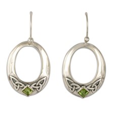 Trinity Hoop Earrings in Peridot