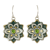 Kamala Earrings with Gem in Peridot