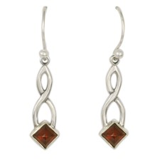 Twist Earrings in Garnet