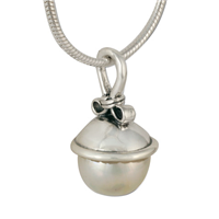 Madelaine Pendant in Pearl