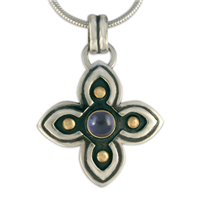 Niniane Pendant with Gem in Iolite