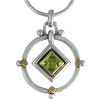 Petey Pendant in Peridot