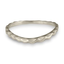 Corona Reale Curvy Ring in Platinum