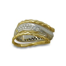 Diamond Classico Ring with Side Bands in 14K Gold Yellow Borders/White Center Design