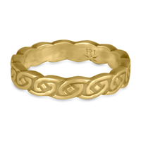Borderless Petra Wedding Ring in 14K Yellow Gold