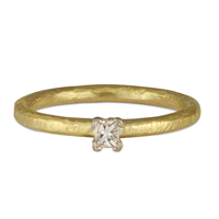 Playa Engagement Ring in 18K Yellow Gold