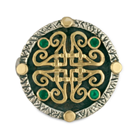 Shona Shield Ring in 311 Emerald